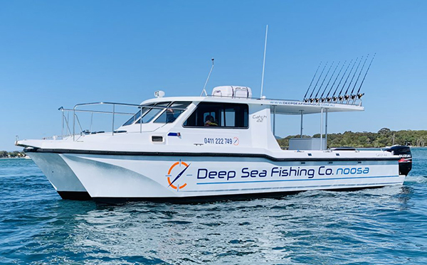 deep sea fishing at noosa marina